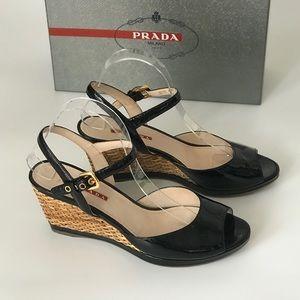 Prada Black Calzature Donna Vernice Nero Sandals